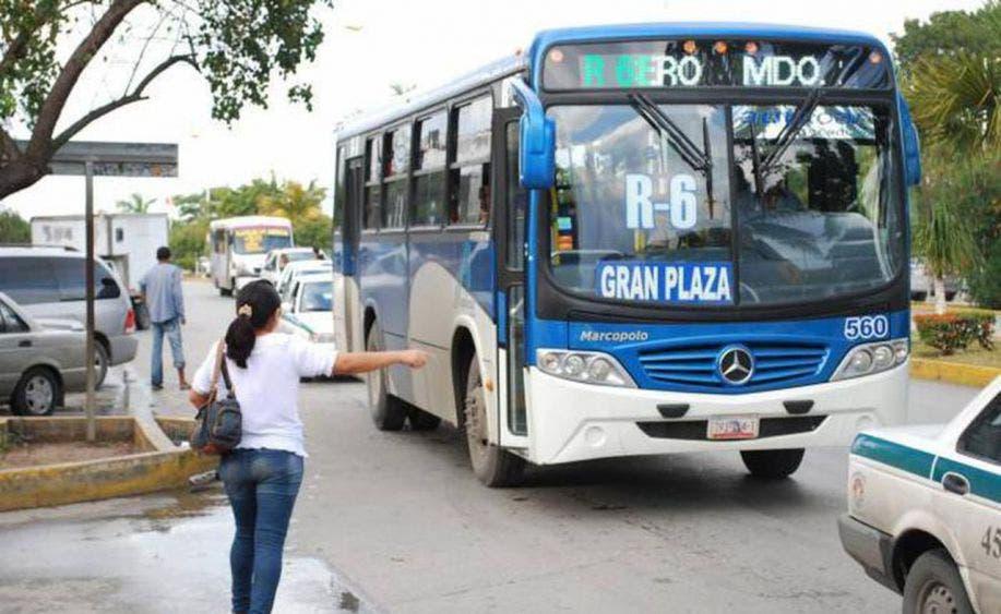 Autorizan en Cancún incremento de pasajeros únicamente en 'horas pico'.