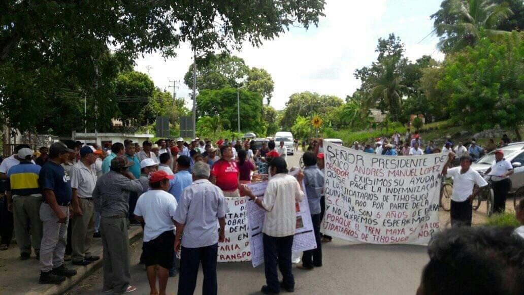 Mayas de Tihosuco viajan a Chetumal en respuesta a demandas; sostendrán una reunión con la SCT para la indemnización por tierras.