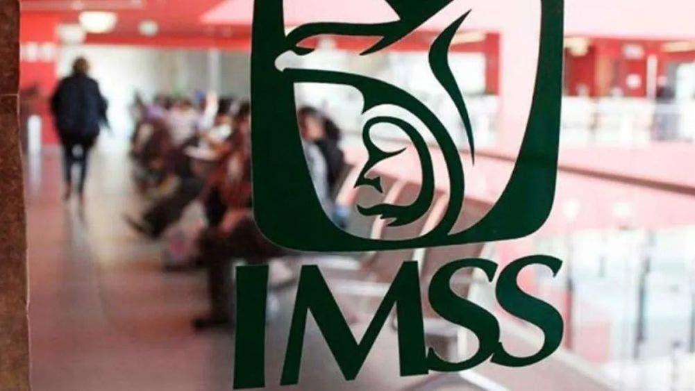 Advierte IMSS sobre fraudes a derechohabientes por falso personal.