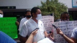 En manifestación transportistas de Turicún piden aumento salarial