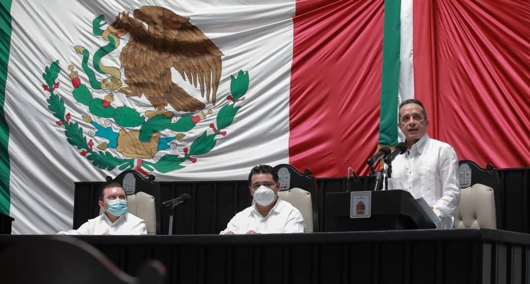 Carlos Joaquín preside Sesión Solemne por el Aniversario de Quintana Roo.