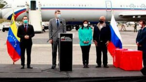 Recibe Venezuela lote de vacuna rusa contra el Covid-19