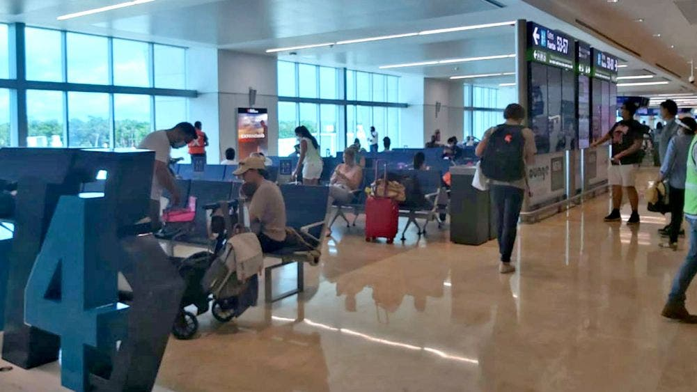 Sufren fallos ASUR y aerolíneas en enlaces externos de datos