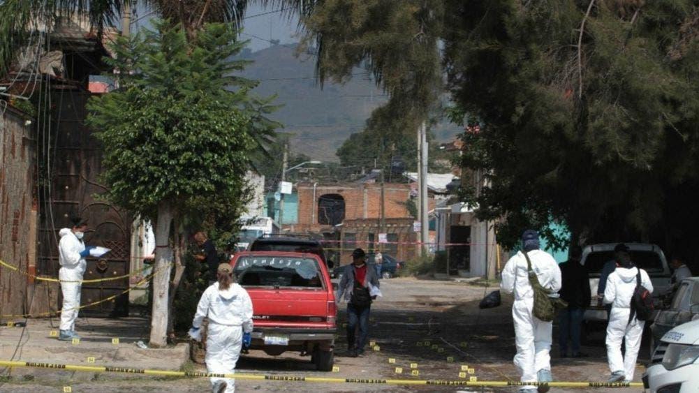 Seis muerto deja ataque con granada y rifles en vivienda de Jalisco