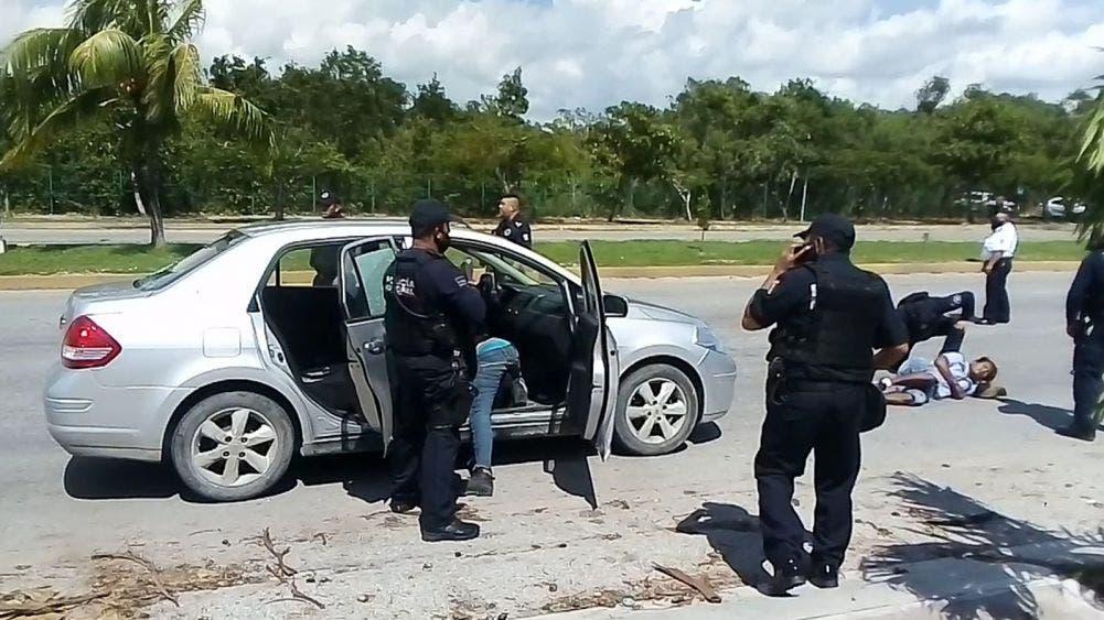 Video: Balean a dos automovilistas en Playa Del Carmen, uno muere