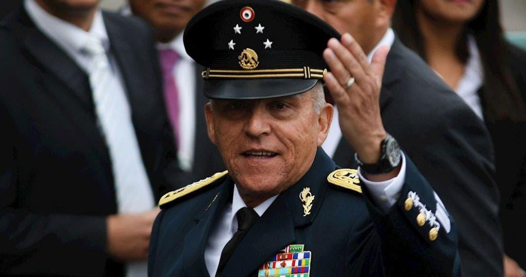 """""""Batea"""" AMLO propuesta del PRI de pagar defensa del """"Padrino"""""""