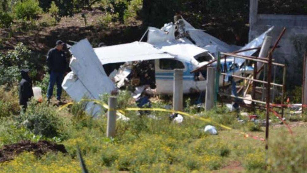 Obligan a desplomarse a una avioneta con 'coca' en Querétaro