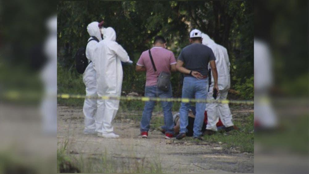 Localizan a tres individuos ejecutados en tramo Puerto Morelos-Playa