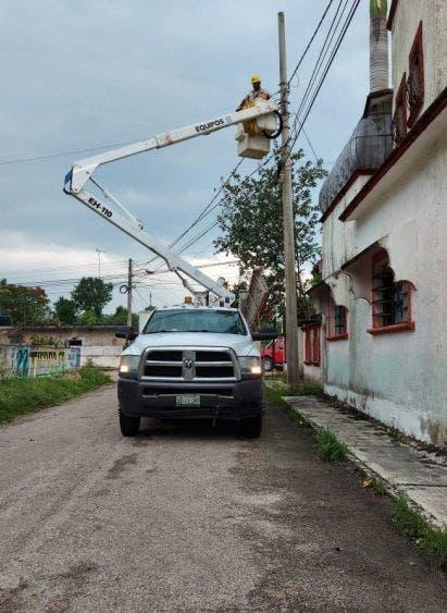 Restablecido el 100% del servicio de energía en la Península; el meteoro causó afectaciones a más de 348 mil usuarios en Yucatán y Q. Roo.