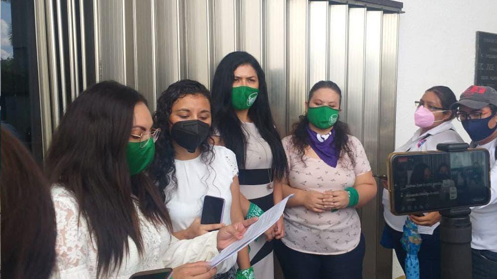 """Demandan colectivos feministas la no aprobación del """"Pin Parental"""""""