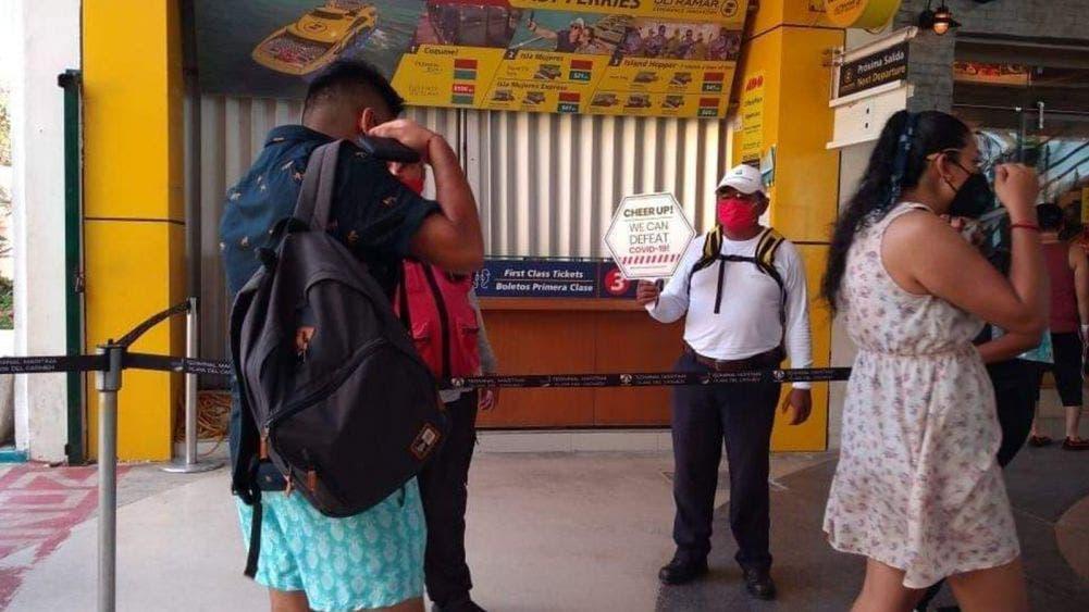Reinstalan filtros sanitarios en el muelle Navega de Playa del Carmen