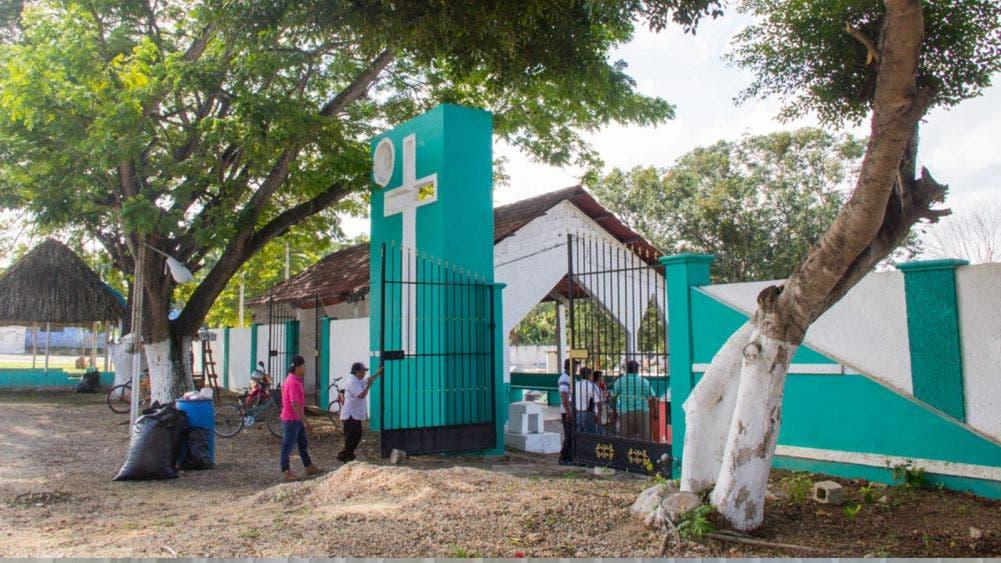 Cancelan autoridades apertura de panteón de JMM