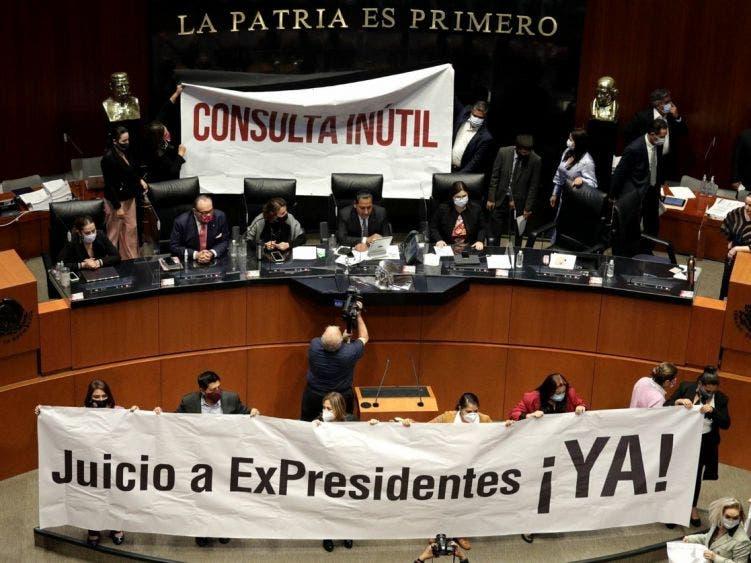 Avala Senado consulta de juicio a expresidentes
