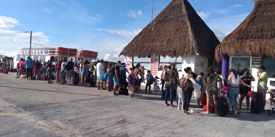 Video: Preparan evacuación en la isla de Holbox.