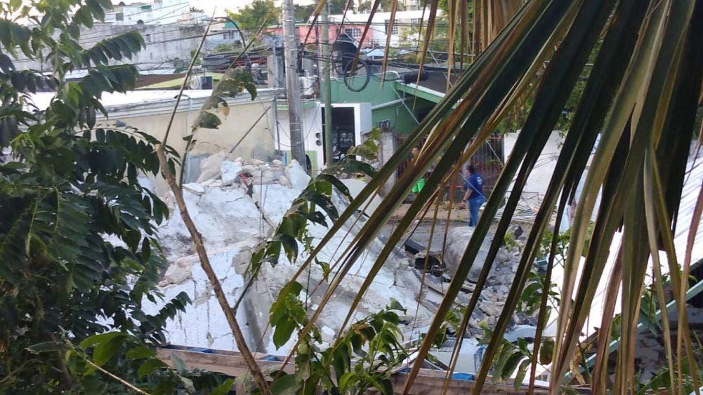 Explosión por fuga de gas en cafetería de Cozumel; afortunadamente el negocio estaba vacío al momento del siniestro.