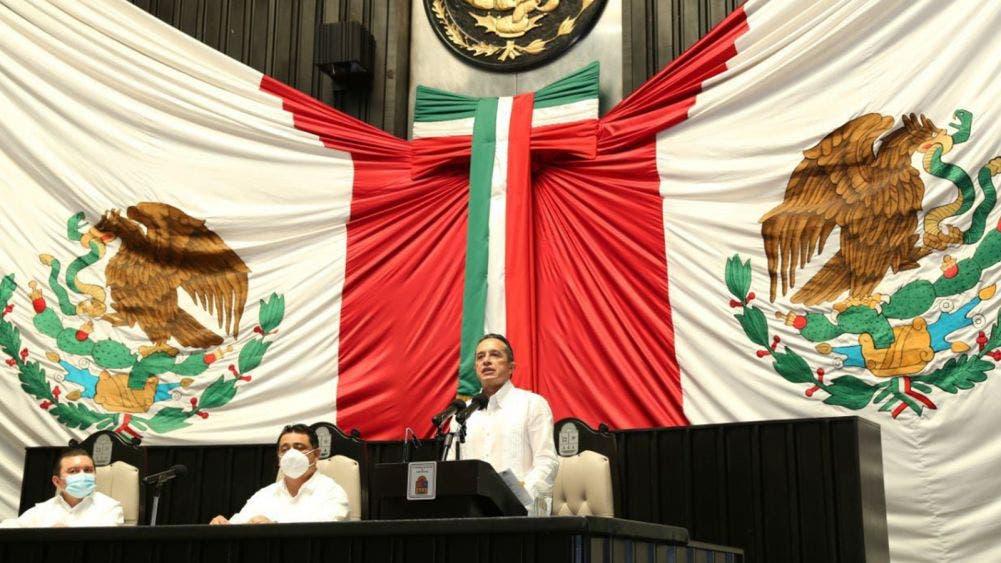 Honrar a Quintana Roo es trabajar sin descanso para vivir mejor: Carlos Joaquín