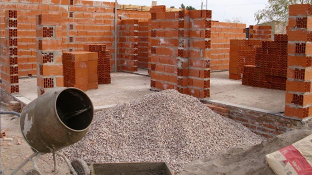 En picada empresas de la construcción en Quintana Roo