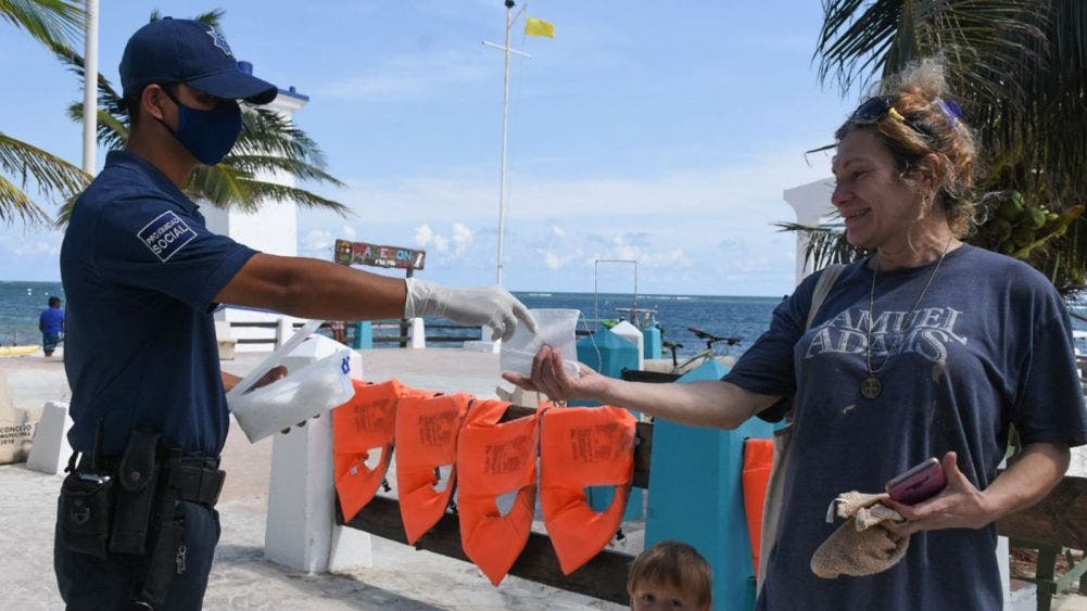 Pide gobierno de Puerto Morelos mayor disciplina en medidas preventivas contra covid-19