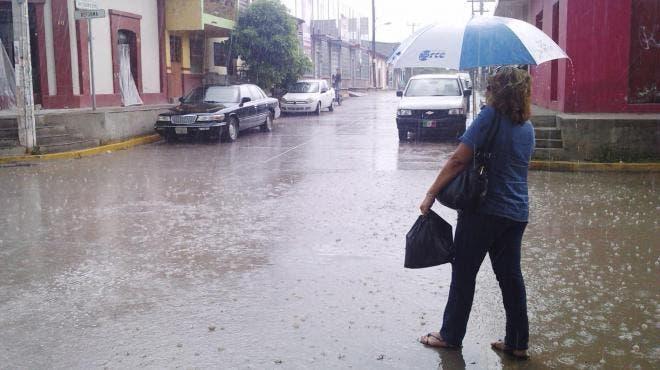 Cielo nublado con probabilidad de lluvias debido al frente frío no.9 en Yucatán