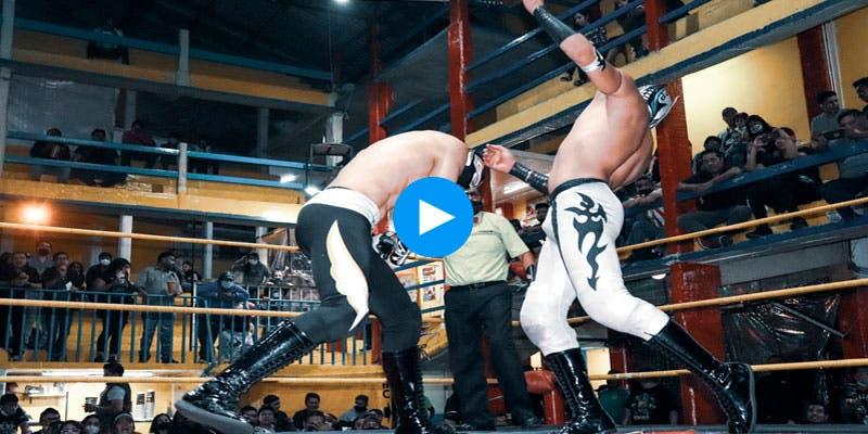 Video: Muere 'Príncipe Aéreo' en plena función de lucha libre.