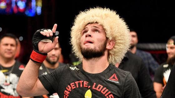 "Khabib se retira de la UFC tras el fallecimiento de su padre: ""Lo prometí"""