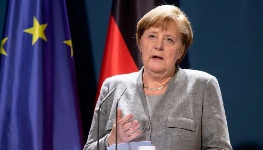 Alemania blindará primero a adultos mayores contra Covid-19.