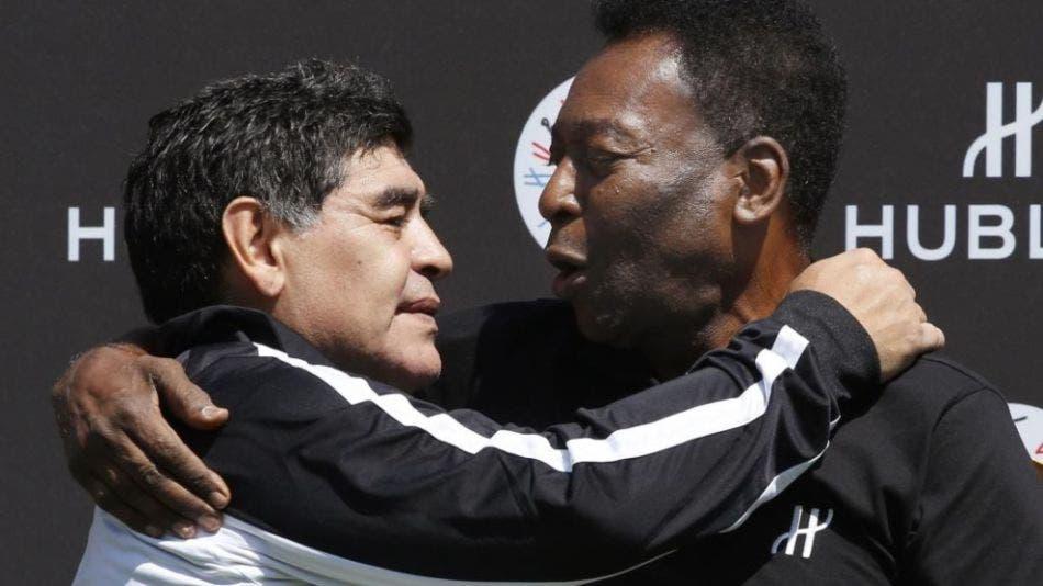 Pelé y Maradona criticaron a Messi pensando que sus micrófonos estaban apagados