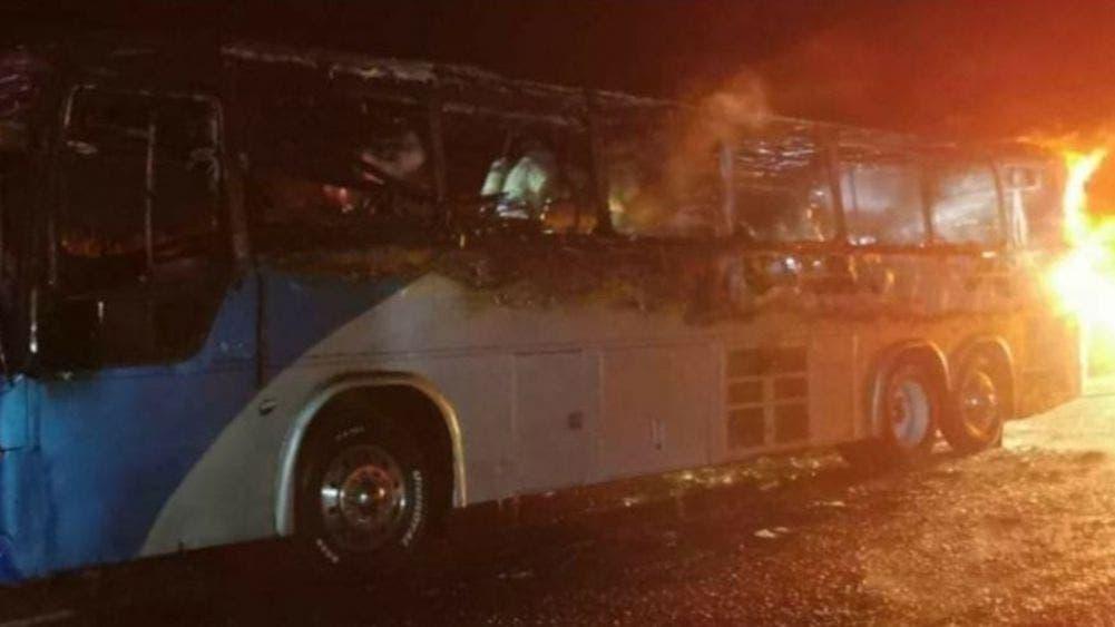 Se incendia autobús de transporte público por falla mecánica
