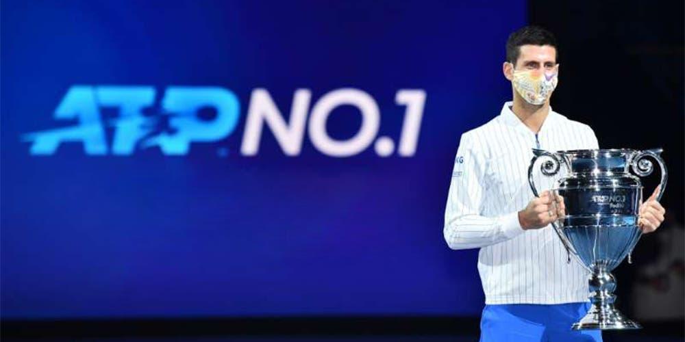 Djokovic recibe trofeo que lo acredita como el número 1