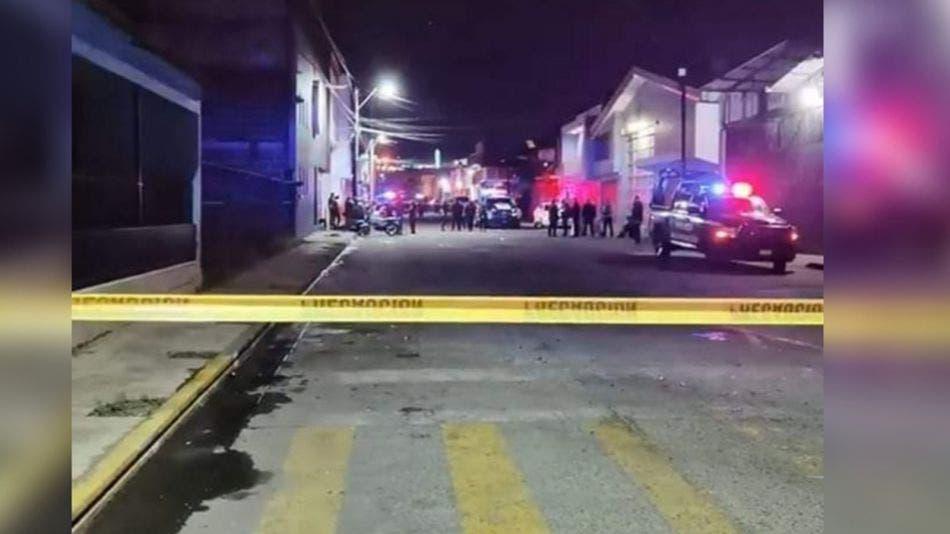 Dos muertos y 16 lesionados tras ataque armado a un bar