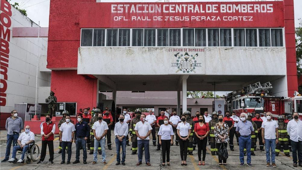 Histórica entrega de equipamiento a H. Cuerpo de Bomberos de Cancún