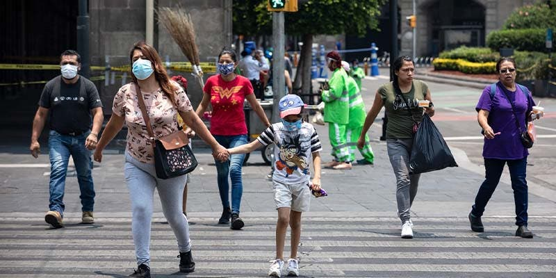 Ya son 101 mil 926 muertos por coronavirus en México