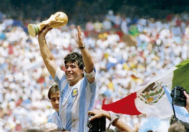 Quién fue Diego Armando Maradona, el exfutbolista de oro