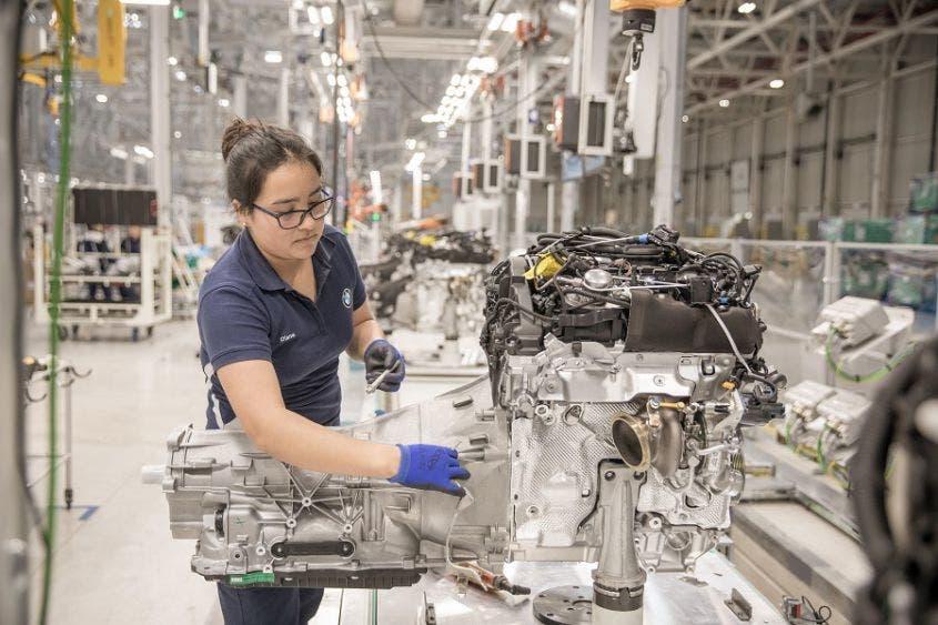 Signos de recuperación: crece PIB 12.1 % en tercer trimestre