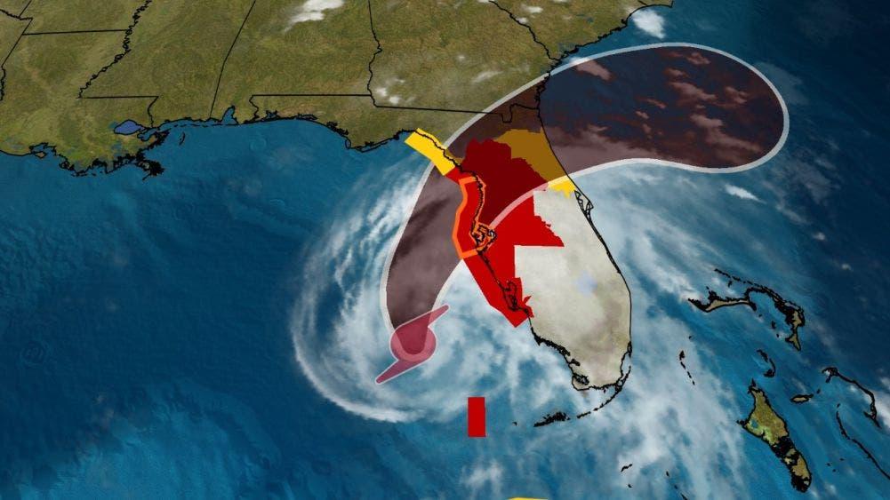 'Eta' se intensifica a huracán categoría uno rumbo a la Florida.