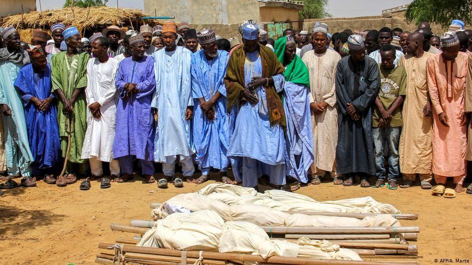 Perpetran islamistas masacre en Nigeria.