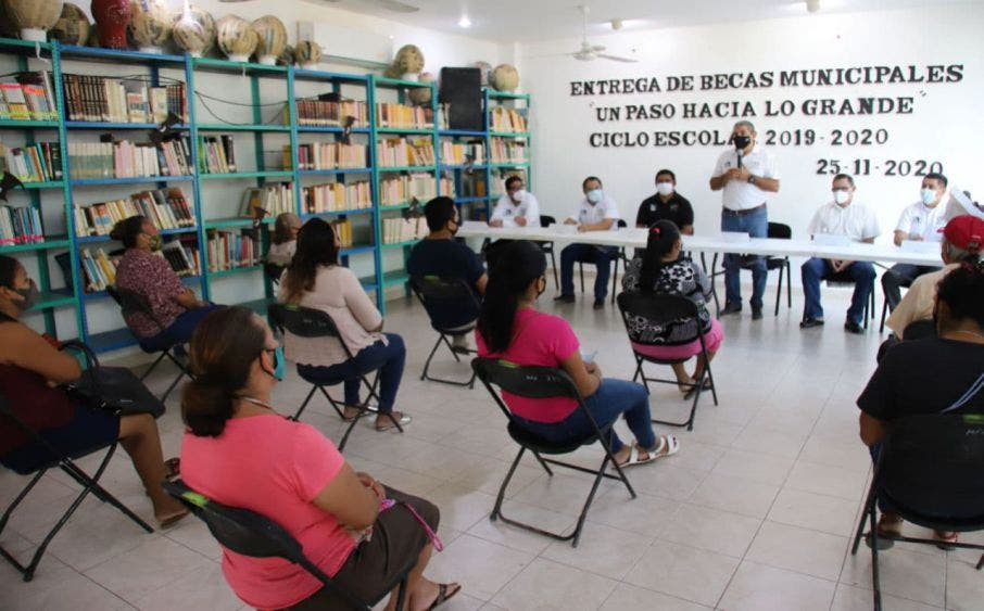 """""""Un Paso hacia lo Grande"""" es un programa propio de la administración municipal vigente desde 2016, que ha beneficiado a unos 400 niños y jóvenes"""