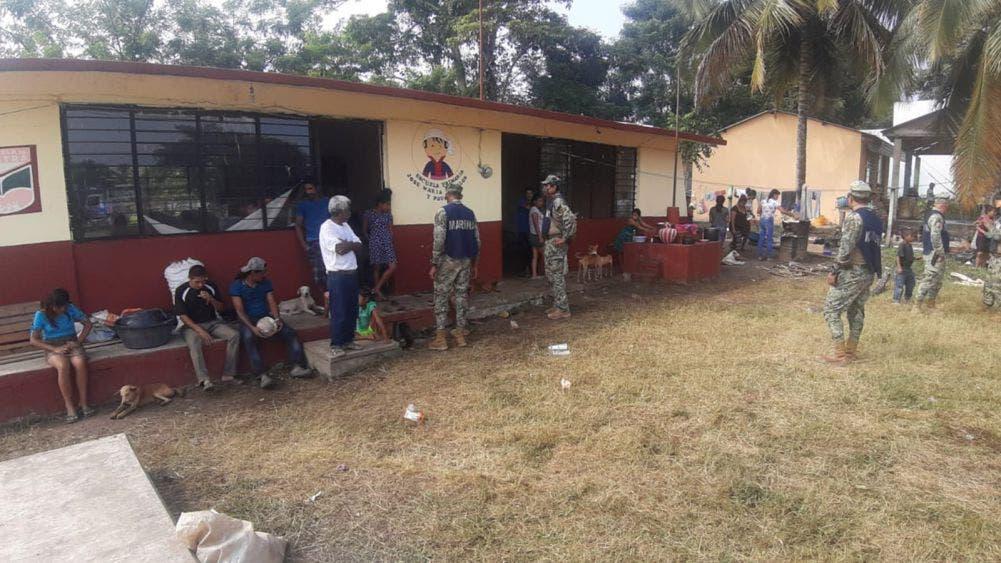 Evacúan a 500 personas en Chiapas ante la amenaza del huracán Iota