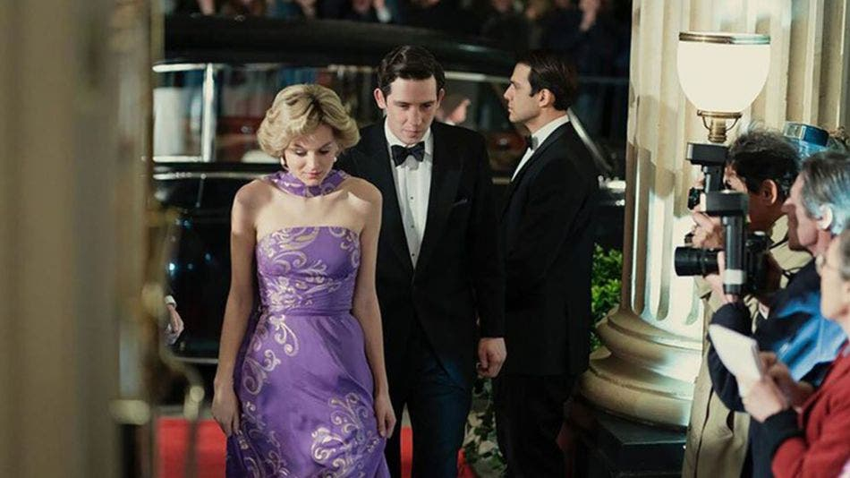 Pedirán a Netflix que aclara que la serie 'The Crown' es ficción
