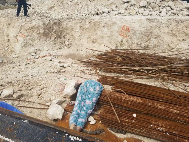 Descarta la Fiscalía feminicidio en una obra en Tulum; mujer falleció a consecuencia de una caída, revelan estudios periciales.