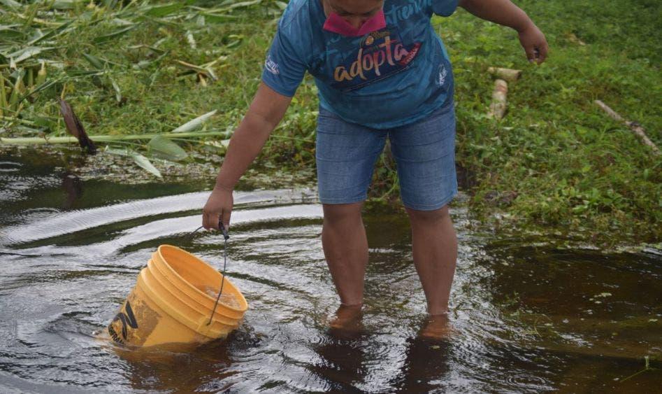 Ordena juez dotar de agua potable a habitantes de Caña Brava, Quintana Roo.
