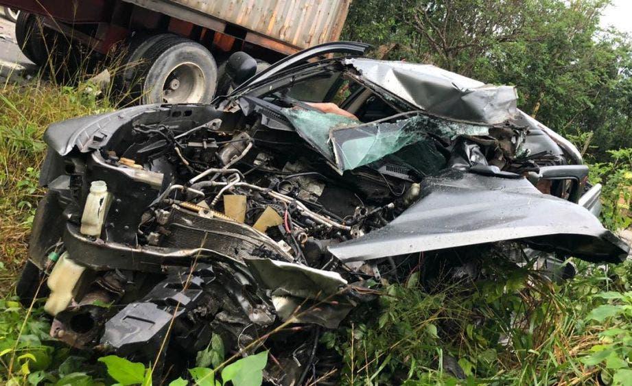 Encontronazo deja un muerto en la carretera Tulum-Cobá.