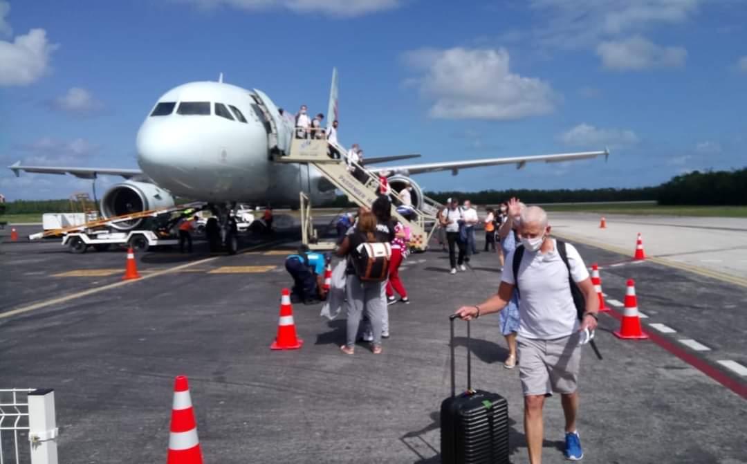 Reactiva Air Canada vuelo entre Montreal y Cozumel.