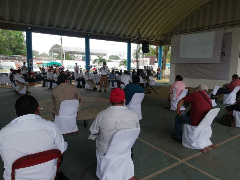 En Nuevo X-Can dan seguimiento a los acuerdos por el Tren Maya; se llevó a cabo una reunión entre representantes del proyecto y de pueblos.