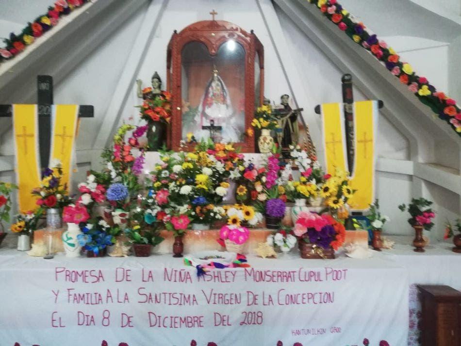 Bajan a la Virgen de la Inmaculada Concepción, patrona de Kantunilkín.