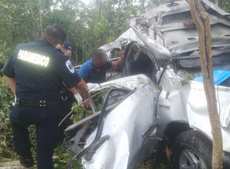 Fuerte accidente en la carretera Mérida-Cancún; hay un muerto