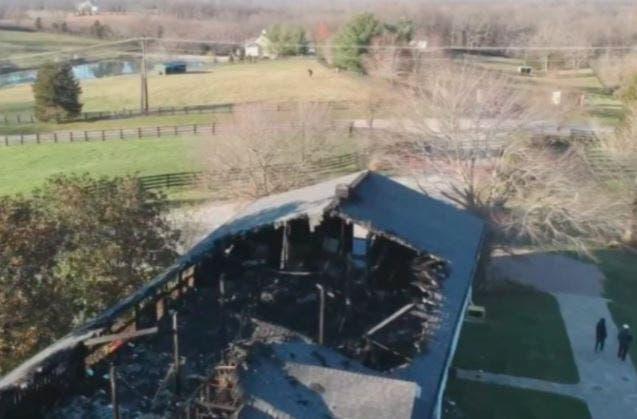 Propiedad de la familia Lawrence tras el incendio.