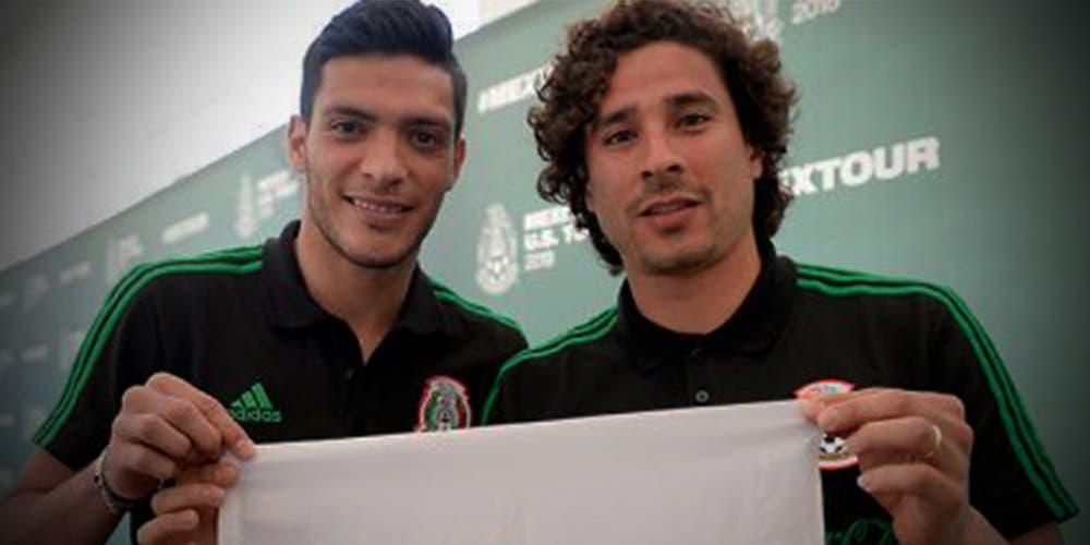 Jiménez y Ochoa en el 11 ideal de la Fecha FIFA