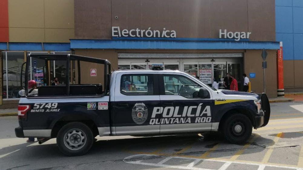 Muere trabajador por caida en tienda Walmart de Gran Plaza