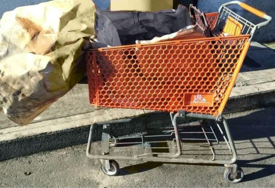 Ejecutan a mujer y dejan su cuerpo en un carrito de supermercado; los hechos se registraron en la colonia Centro de Playa del Carmen.